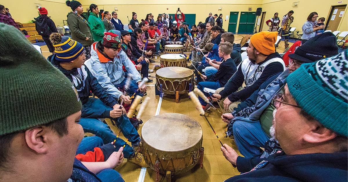 Powwow Held in Honor of Neshnabé Gizes